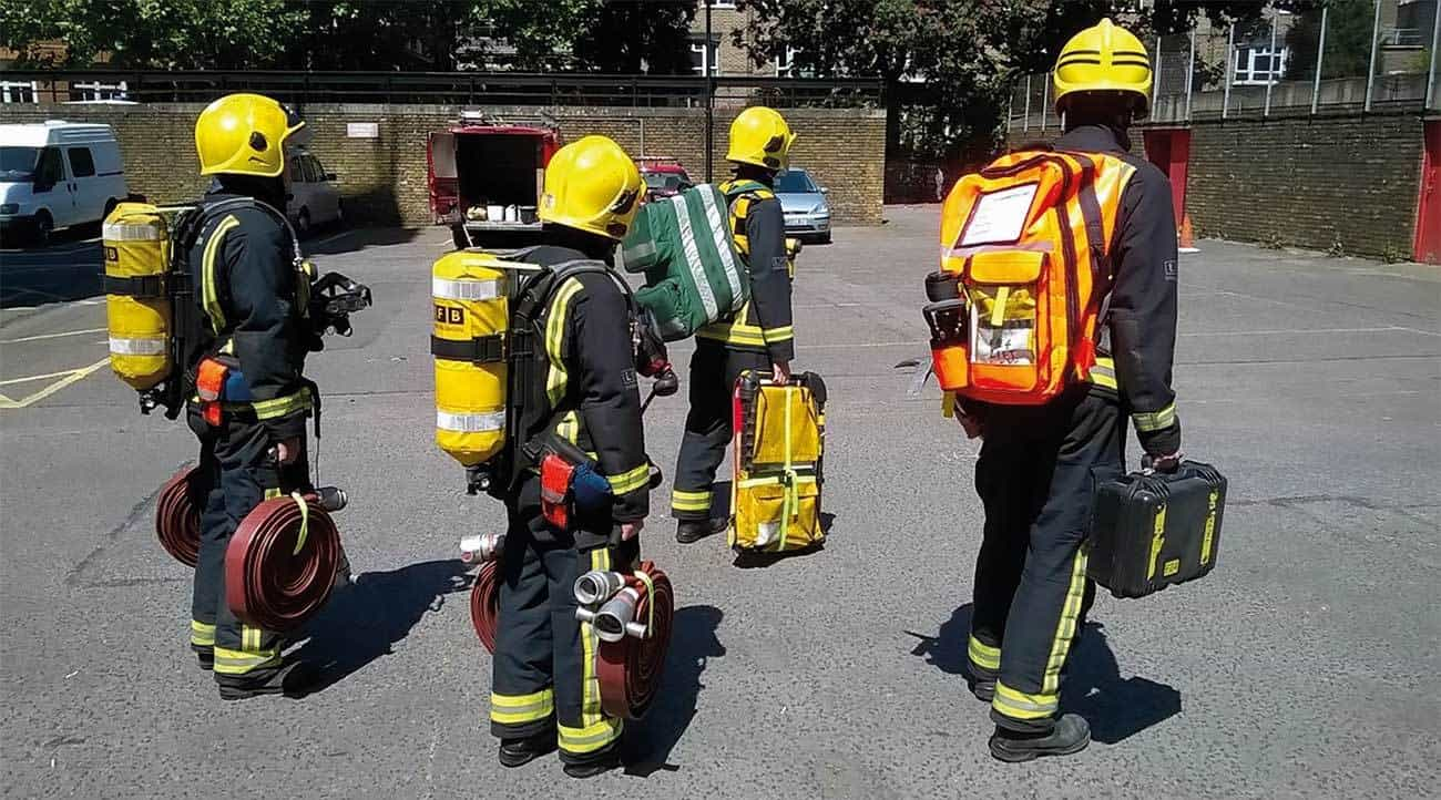 This picture shows the FIRE system, which will be brought into service in Autumn 2016. It allows a team of four firefighters to carry all the operational equipment needed at the Bridgehead in order to start firefighting in a high rise building.