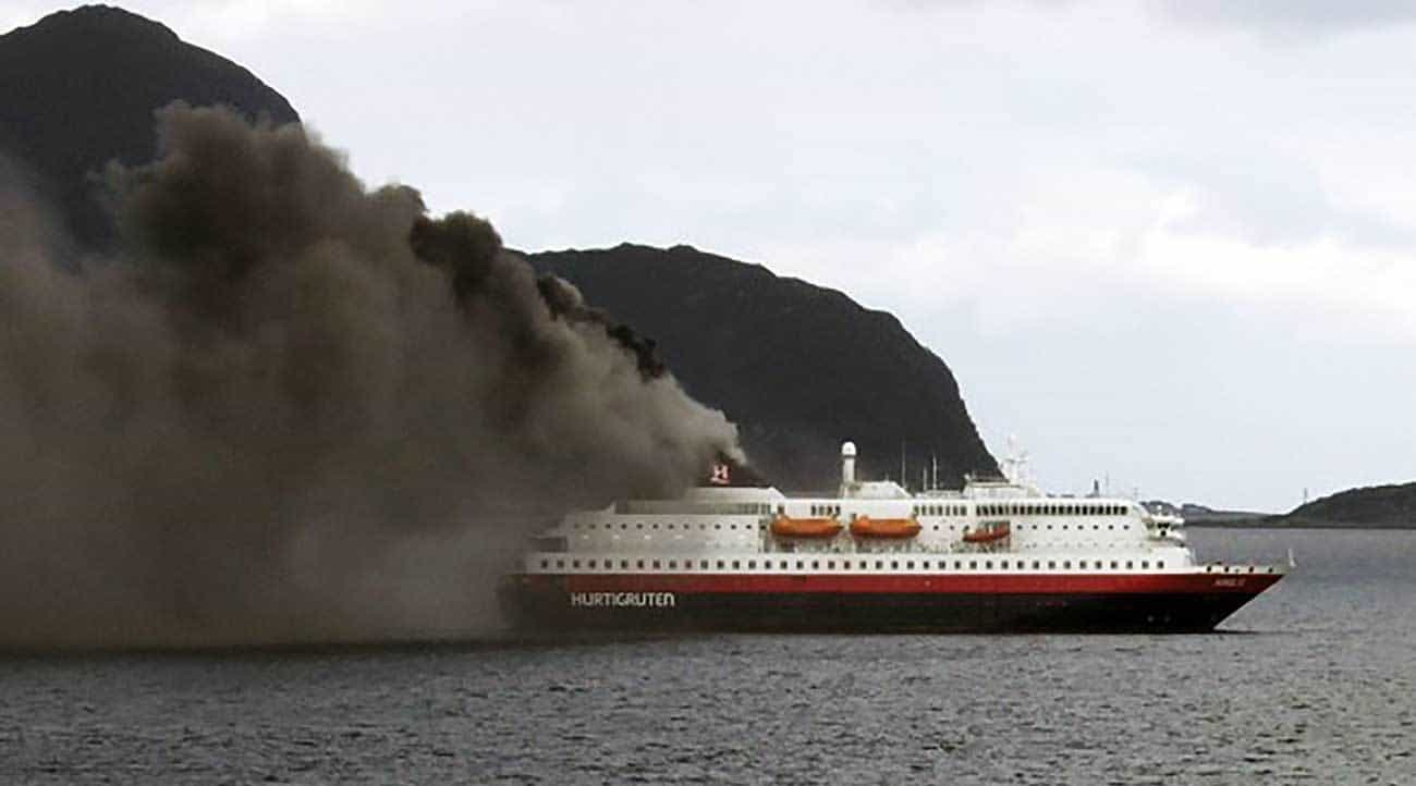 Fire on board Norwergian cruise ship MS Nordlys.